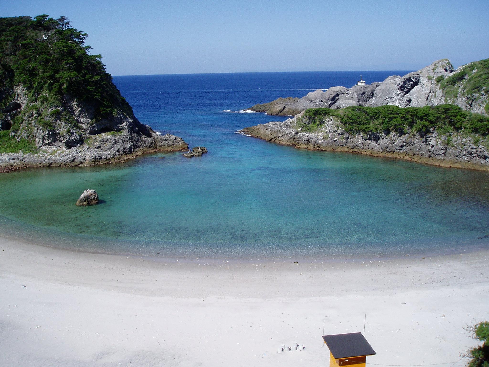 式根島の総合情報サイト